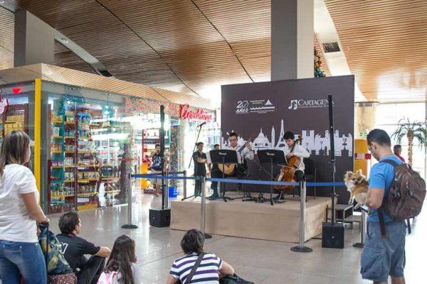 Vista concierto en el muelle nacional del aeropuerto, Rafael Nuñez