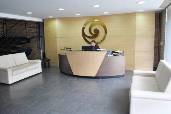 Diseño y adecuación de recepciones de oficinas