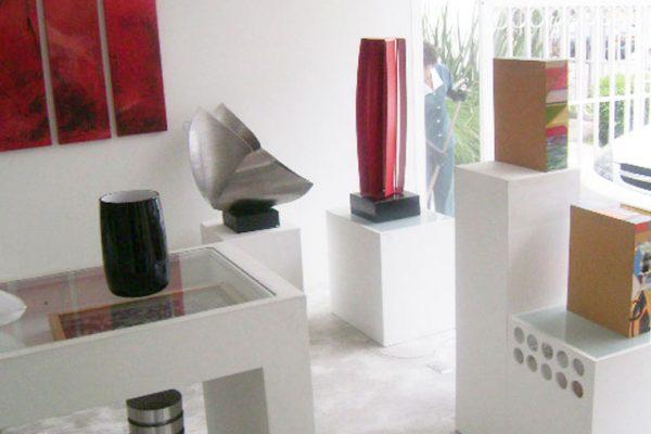 local comercial de arte y esculturas